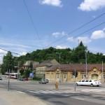 Brno - Husovice - celkový pohled na kopec s vysílačem